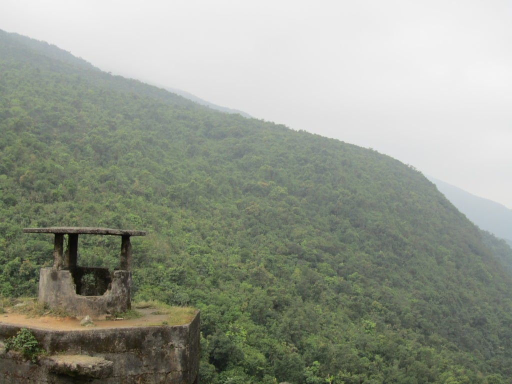 Gun tower - Hai Van Pass