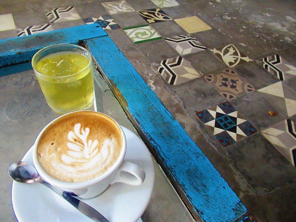 Infiniti Cafe, Con Son Island, Con Dao, Vietnam