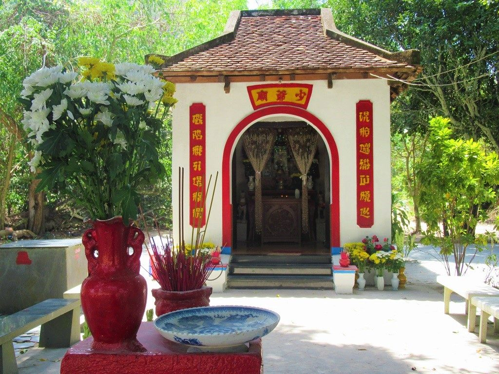 Shrine to Prince Cai, Con Son Island, Con Dao, Vietnam