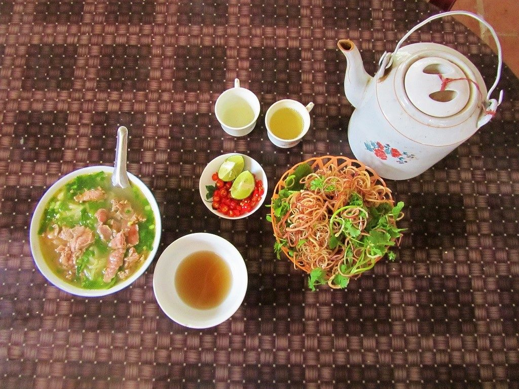 Breakfast in Quan Hoa, Thanh Hoa Province, northern Vietnam