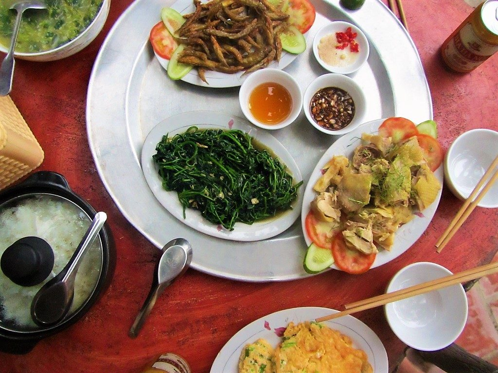 Family-style meal, Pu Luong Nature Reserve, Thanh Hoa Province, Vietnam