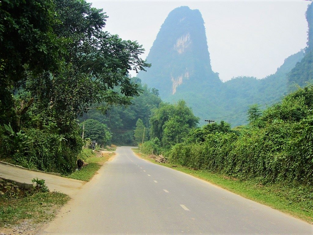 The shortcut from Xuan Mai to QL6, Hoa Binh, Vietnam