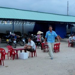 The seafood market/restaurant in Hồ Tràm hamlet: it might not look good but it is!