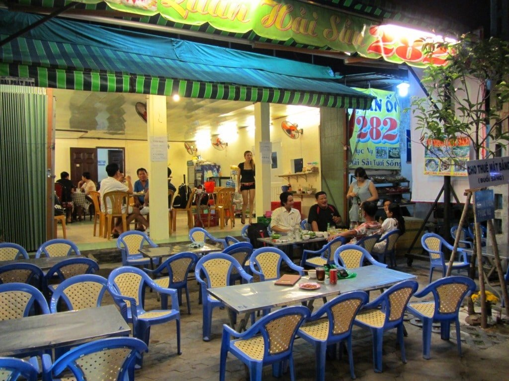 Nhu Y 'Rat' Restaurant, District 10, Saigon