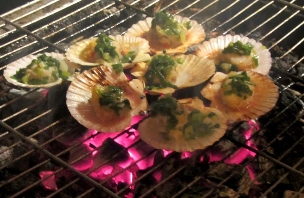 Scallops on the grill at Ốc Nhé!