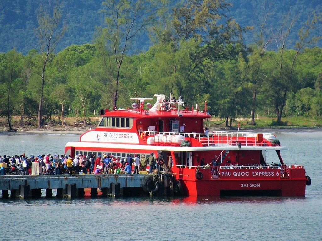 The Phu Quoc Express fast boat from Ha Tien & Rach Gia, Vietnam