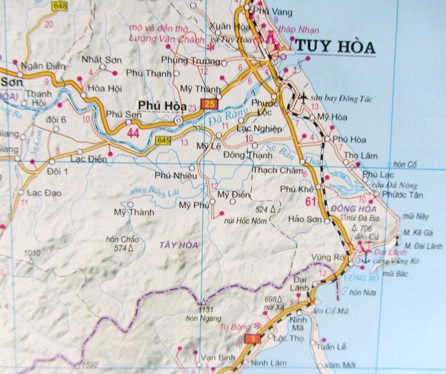 Detailed: Road Atlas of Vietnam