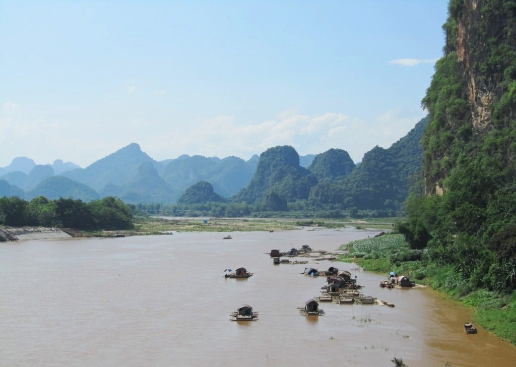 The Mã River at Cam Thuy