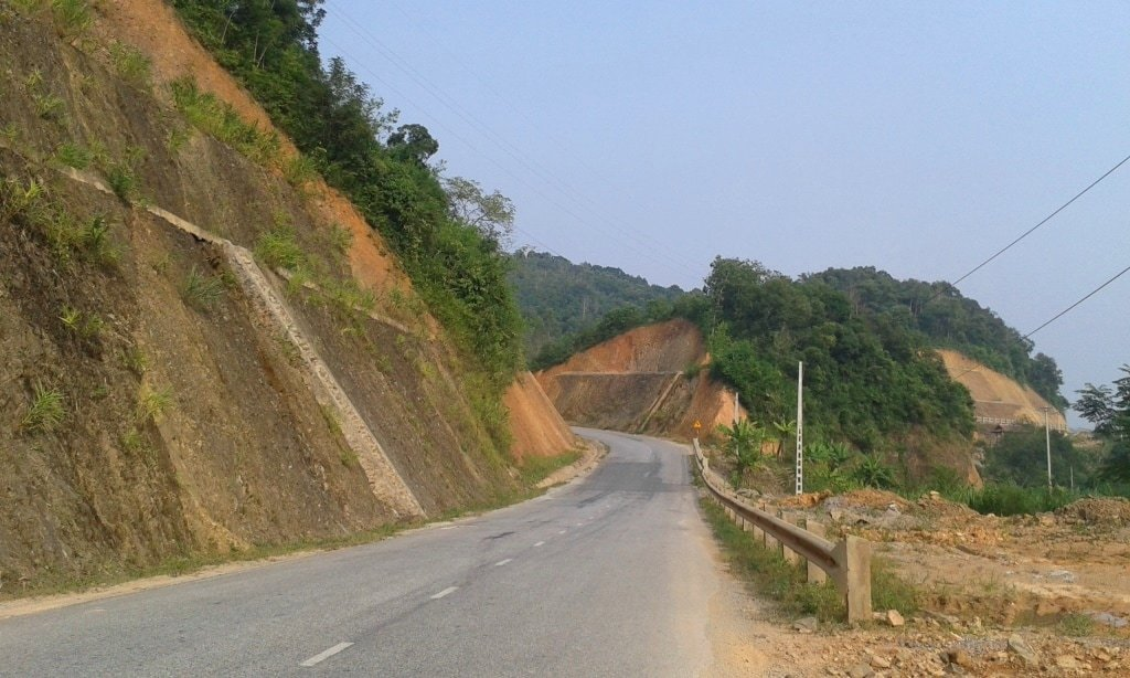 New road surface to Lang Son