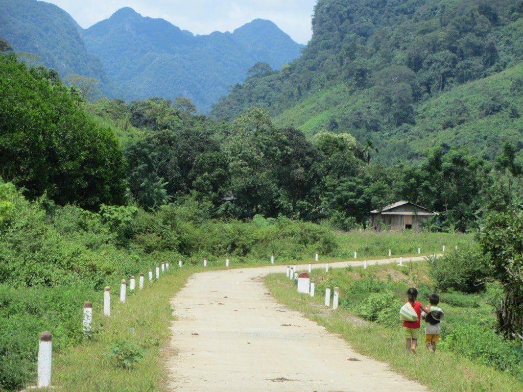 Detour to a remote Lao border