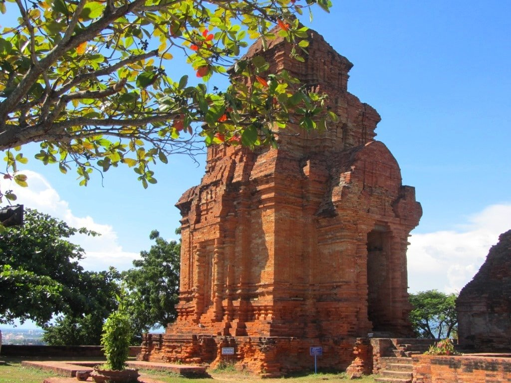 Cham Towers, Mui Ne