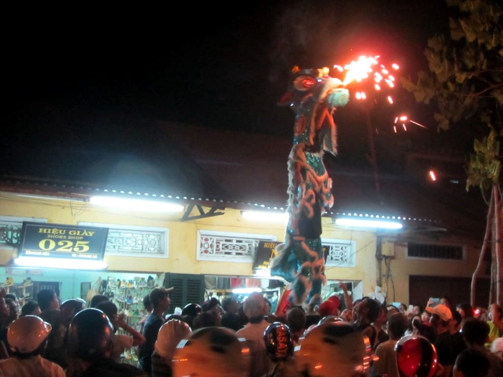Dragon dances impress the crowds
