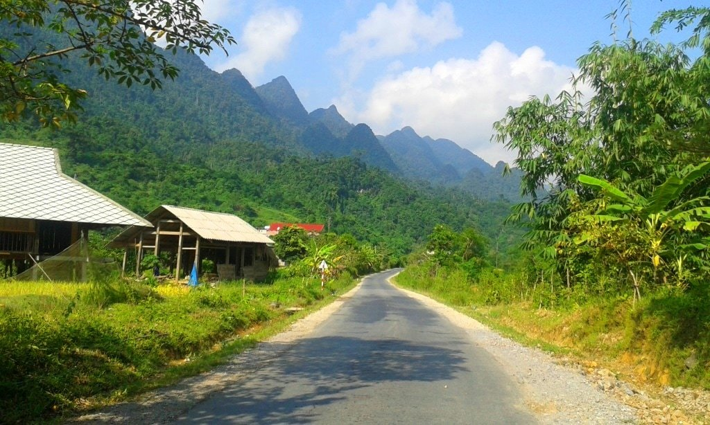 Road from Ha Giang to Quan Ba, Vietnam