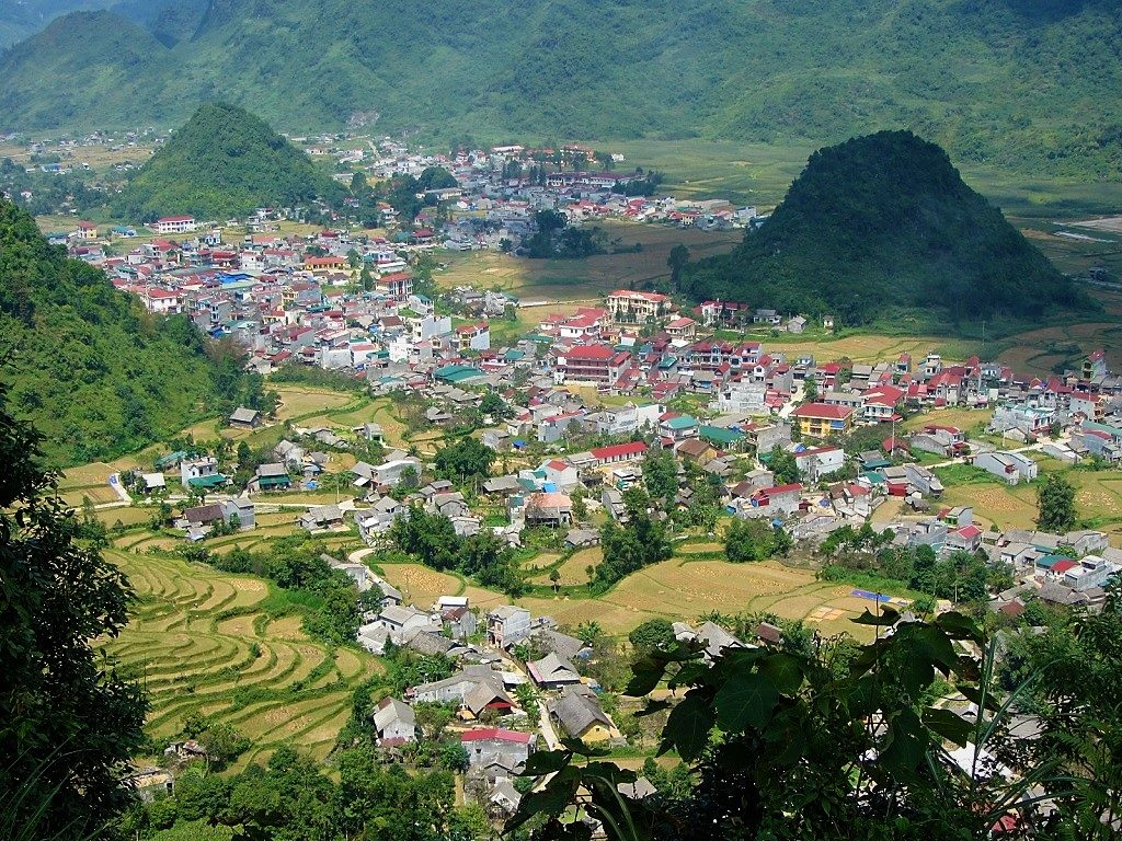 Tam Son seen from the viewing point on Heaven's Gate Pass, Ha Giang