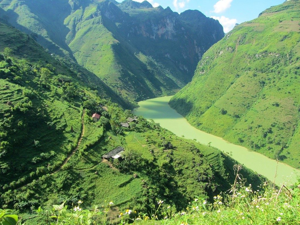 The Nho Que River valley, Ha Giang, Vietnam