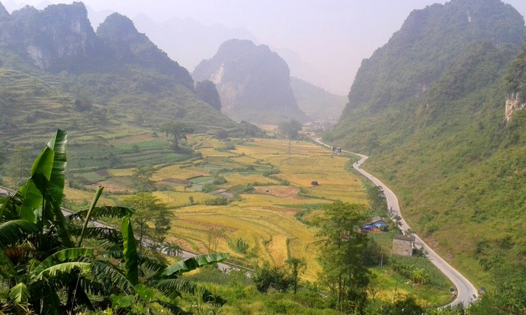 The road to Ban Gioc Waterfall, Vietnam