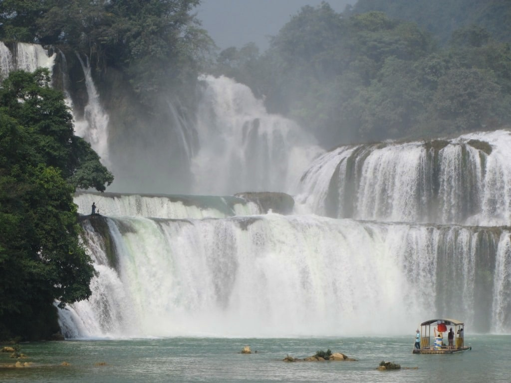 An awesome sight, Ban Gioc Falls