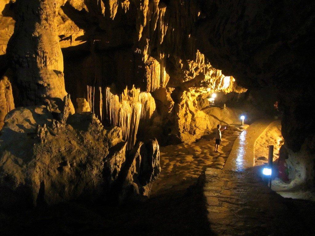 Nguom Ngao caves, Cao Bang Province, Vietnam
