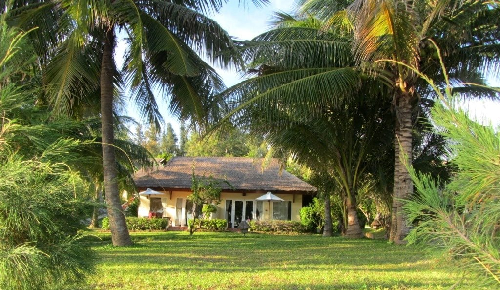 Brick & thatch bungalows, Victoria Resort Phan Thiet