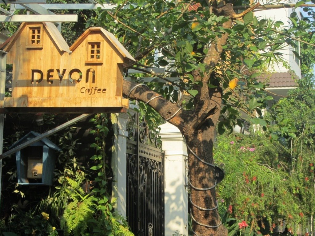 Devon Cafe, Saigon