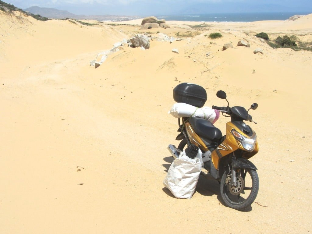 Rent or buy a motorbike for your road trip in Vietnam