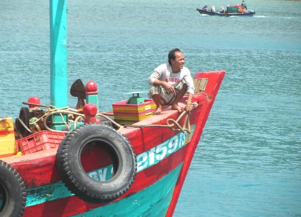 Con Dao fishing boat