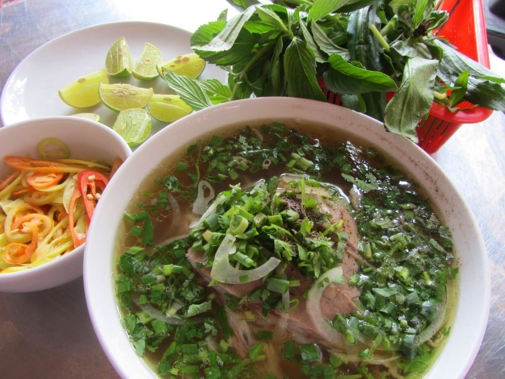 Breakfast: phở at Phở Phượng, Saigon