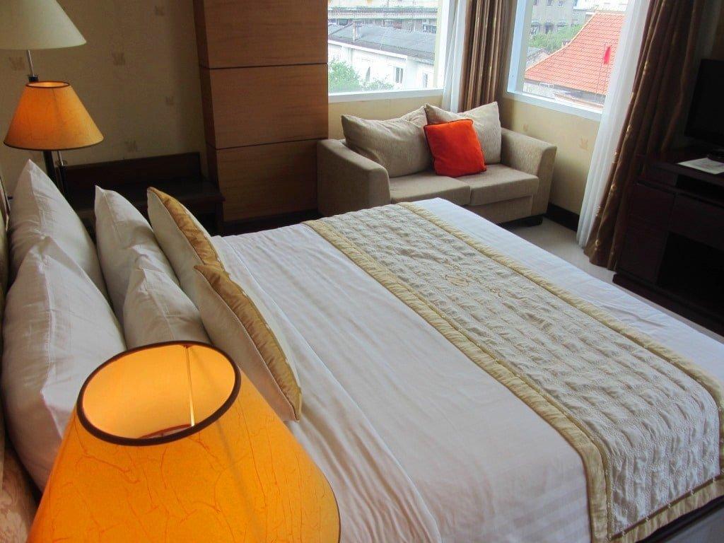 Deluxe guest room, Northern Hotel, Saigon, Vietnam