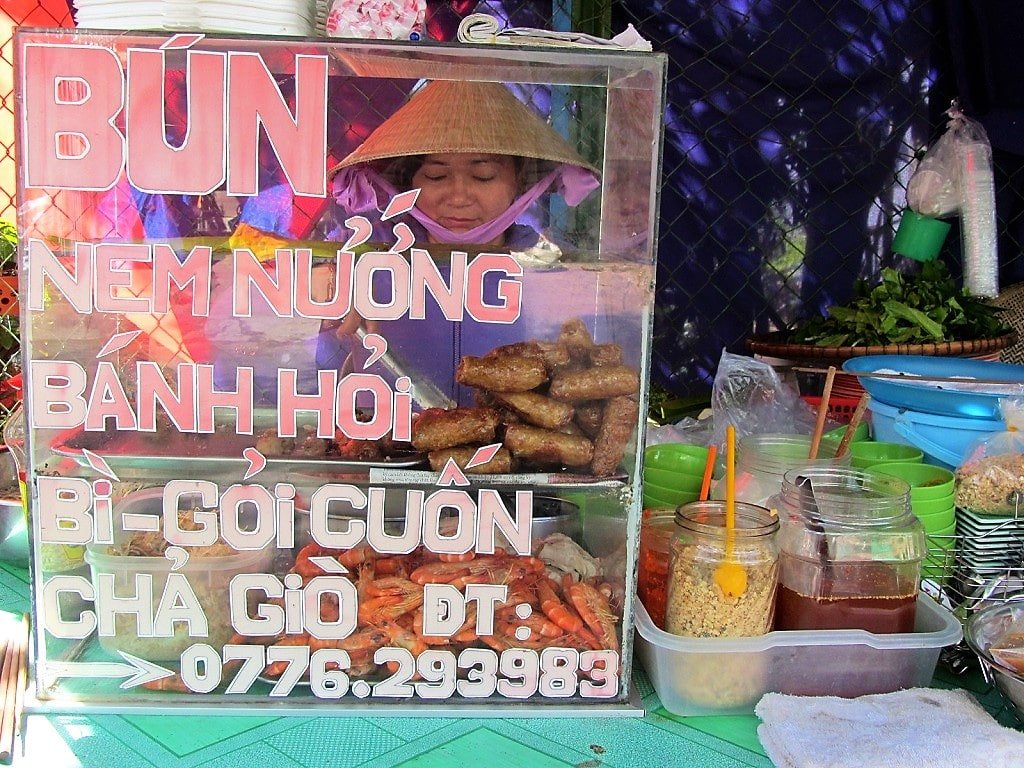 Bún thịt nướng noodles & pork, Ha Tien, Vietnam