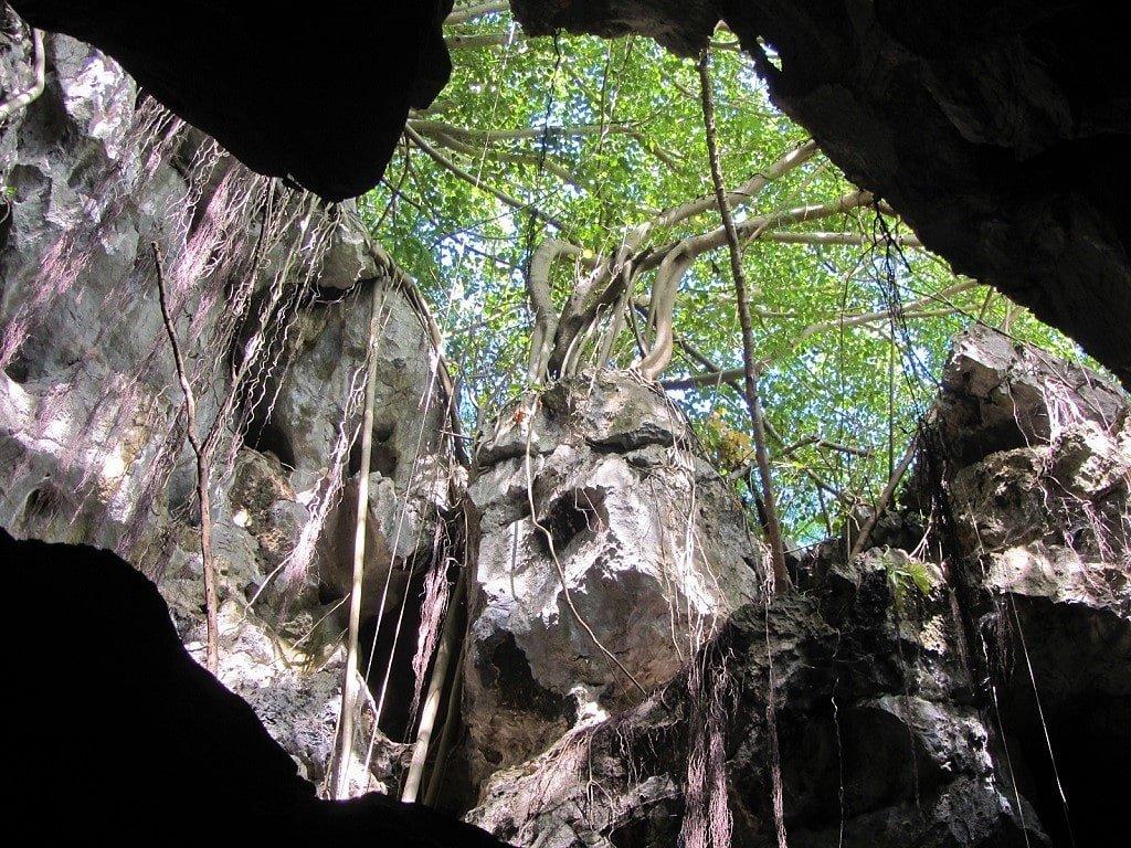 Nui Da Dung Cave, Ha Tien, Vietnam