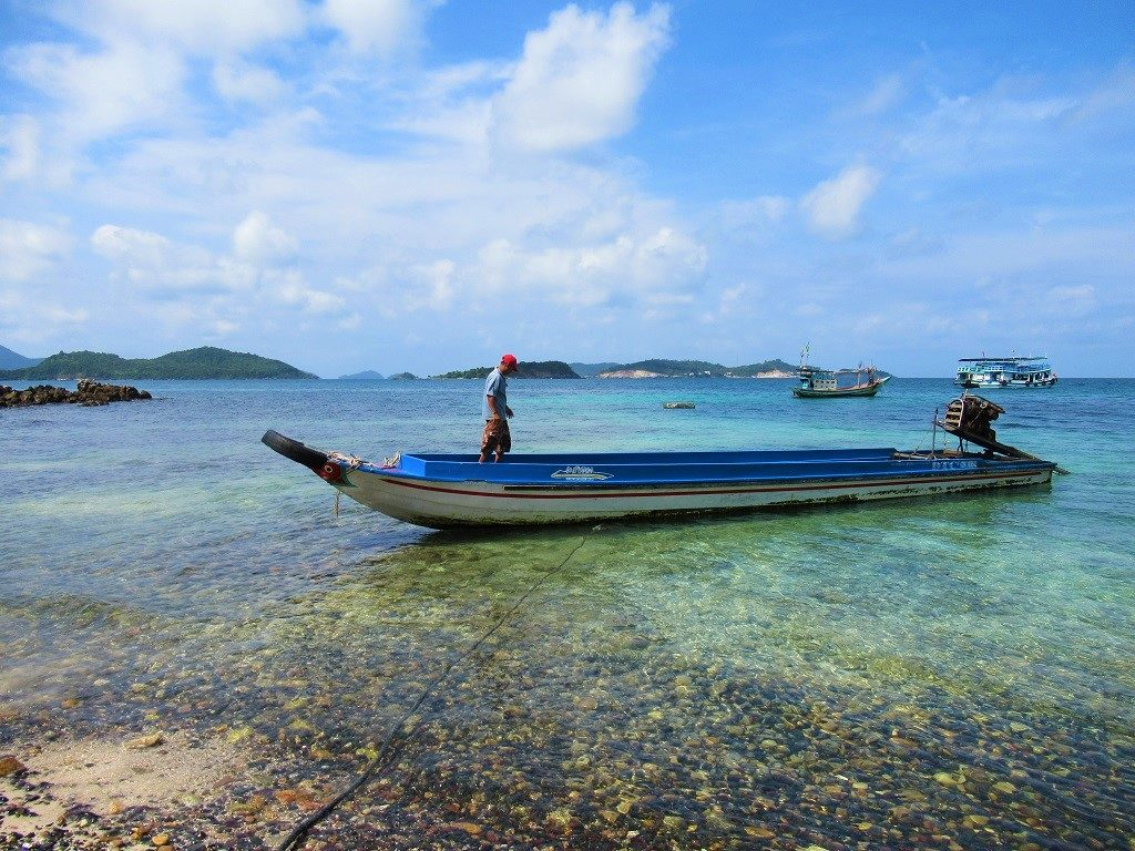 Boat trips to the outlying islands, Nam Du, Vietnam