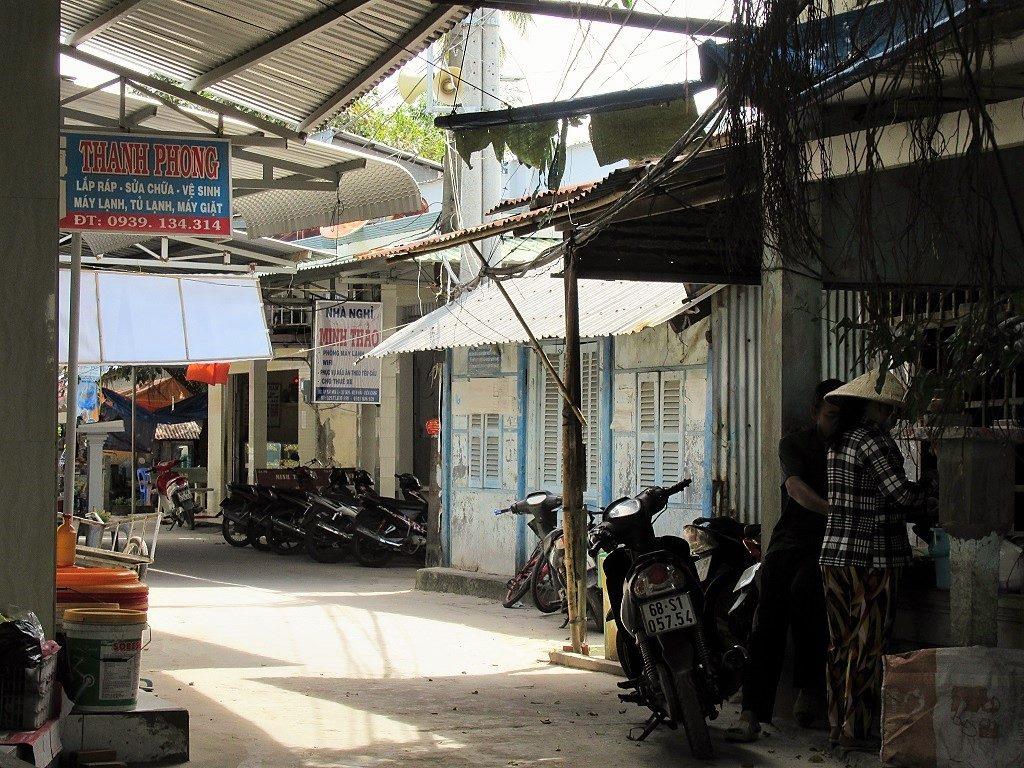 Alleyways, Hon Son Island, Vietnam