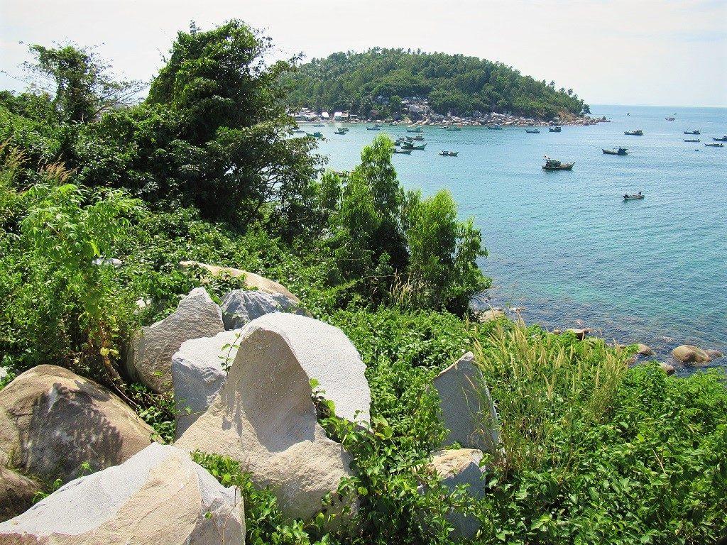 Hon Son Island, west coast