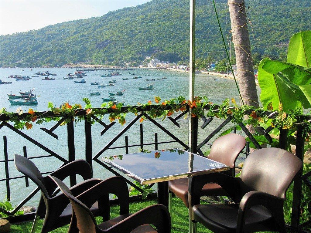 Cafe Sao Bien, Hon Son Island, Vietnam