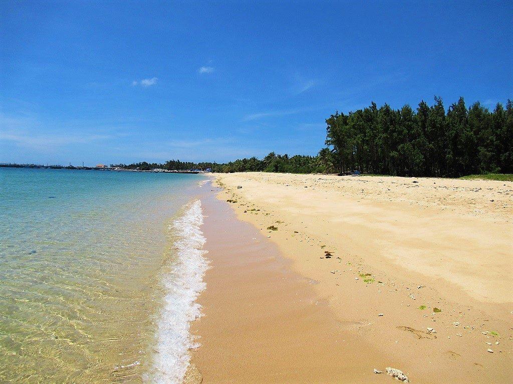 Vinh Trieu Duong Beach, Phu Quy Island, Vietnam