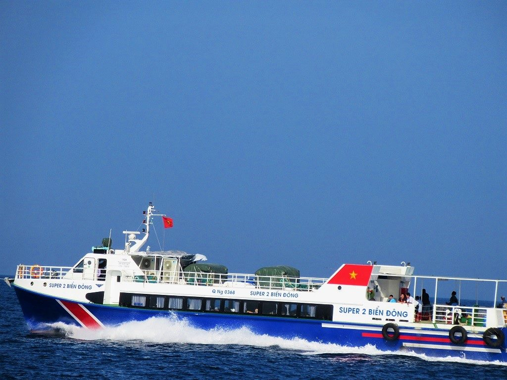 Fast boat ferry, Sa Ky Port to Ly Son Island, Vietnam