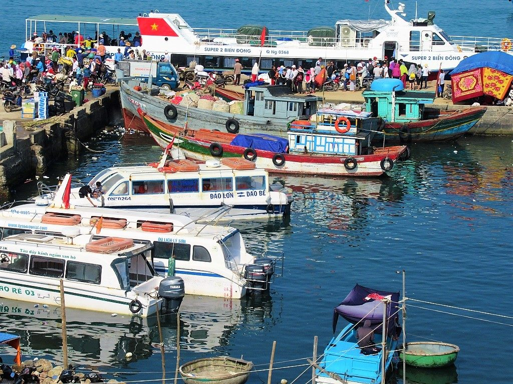 Fast boats to Dao Be Island, Quang Ngai Province, Vietnam