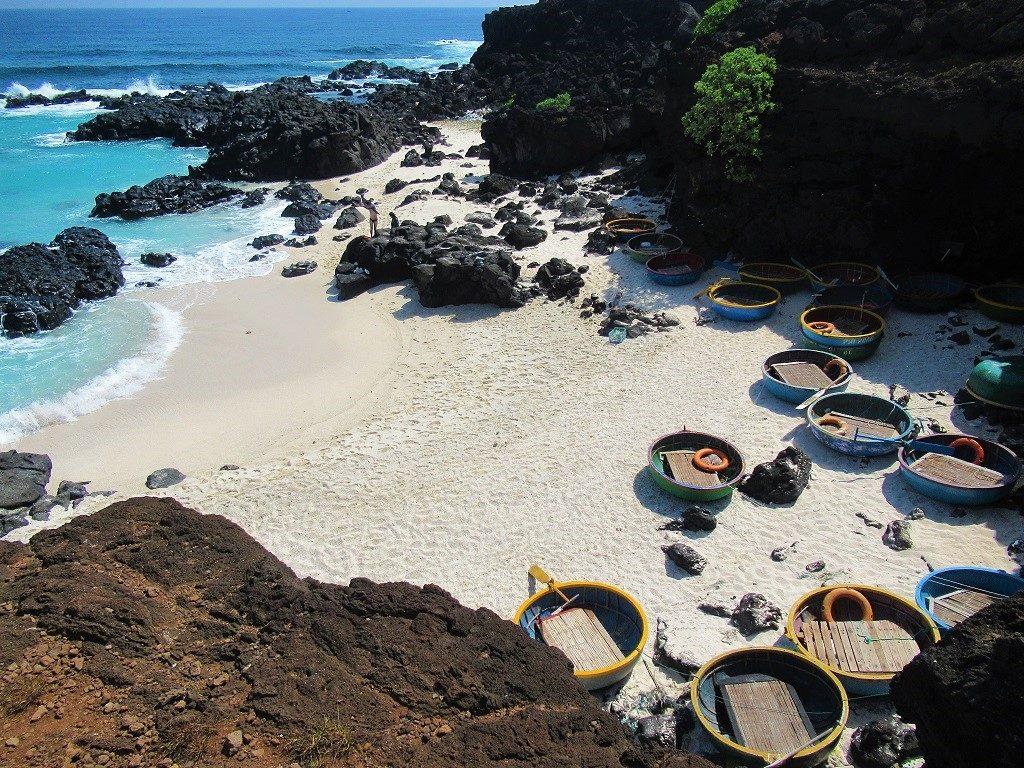 Beach, Dao Be Island, Ly Son, Vietnam