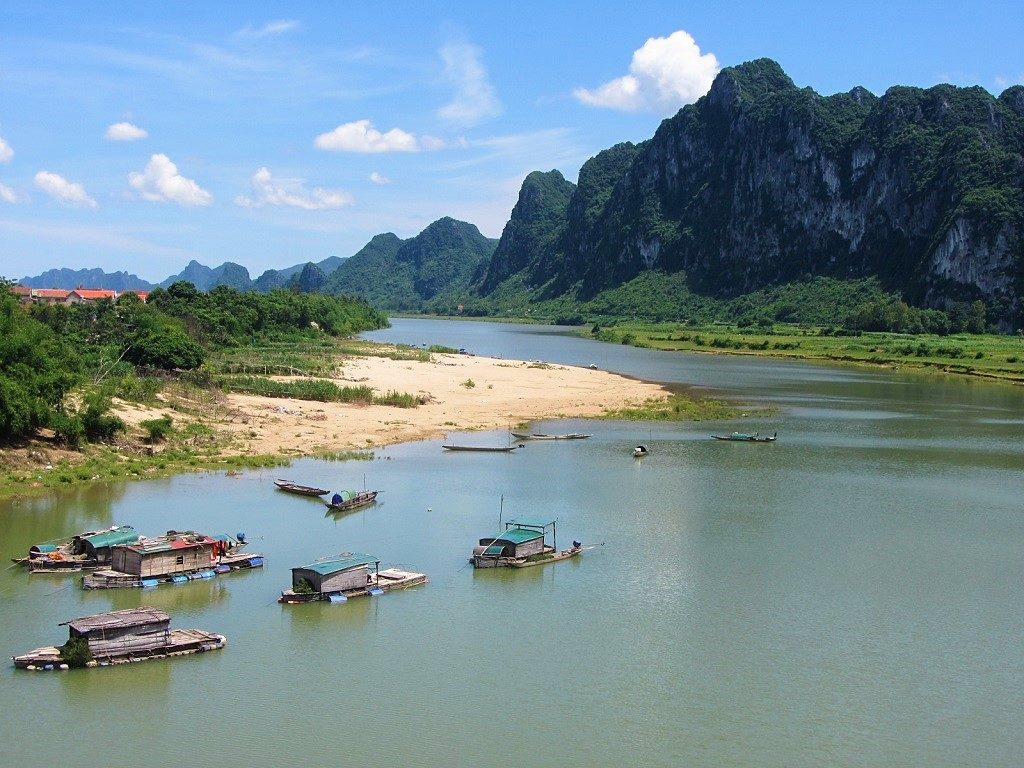 River & limestone karsts, Road QL12A, Vietnam