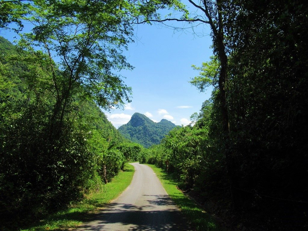 The road to Arem Village & the Lao border, Phong Nha
