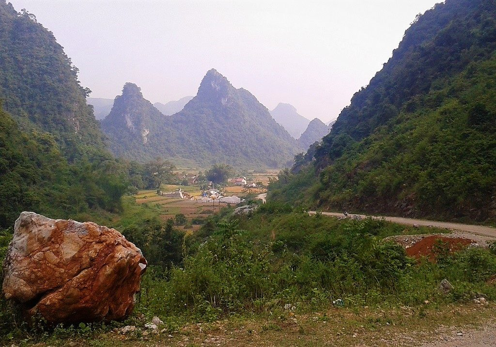 The Northeast by Motorbike: Bac Kan Back Roads Criss-Cross Loop, Vietnam
