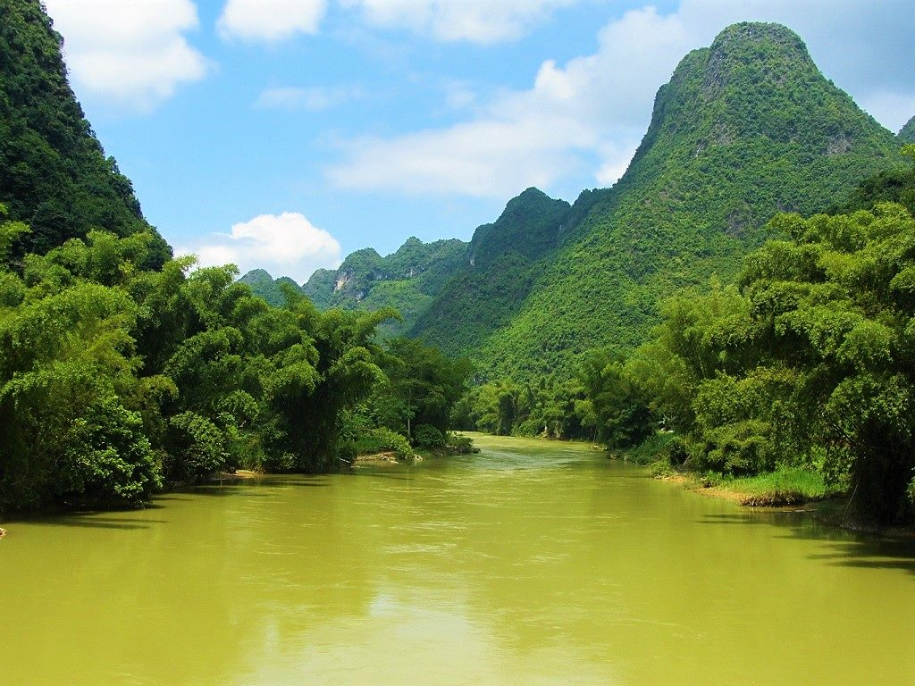 The Northeast by Motorbike: Ban Gioc Waterfall Loop, Cao Bang, Vietnam