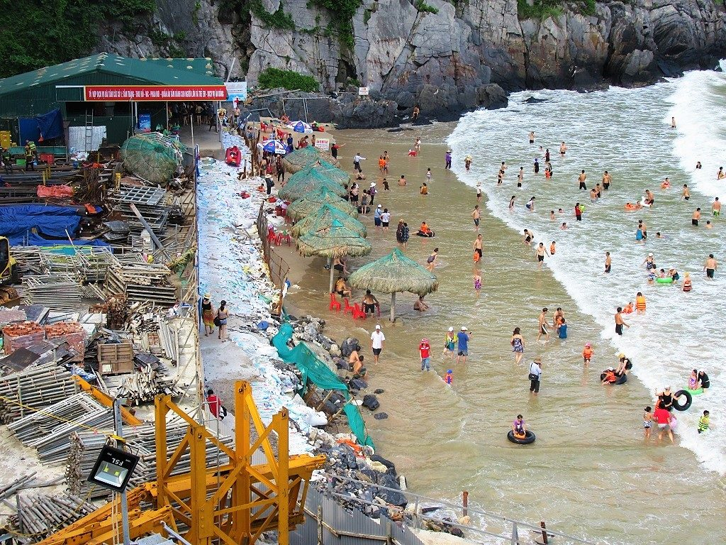 Cat Co Beach, Cat Ba Island, Vietnam