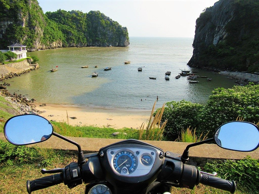 Exploring Cat Ba Island on two wheels