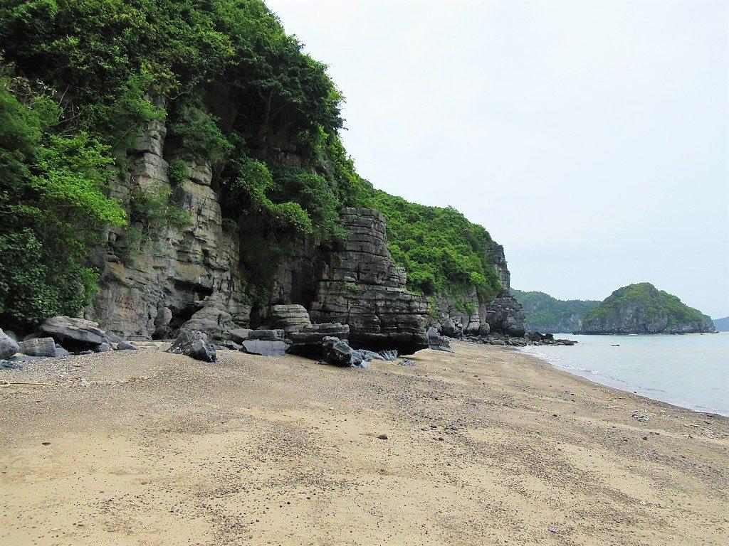 Storland Beach, Cat Ba Island, Vietnam