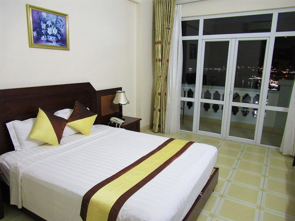 Hung Long Harbour Hotel, Cat Ba Island, Vietnam