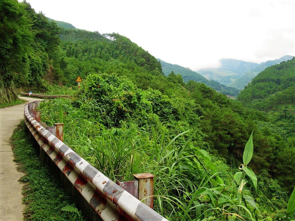 The Northeast by Motorbike: Mau Son Mountain-Bac Son Valley Loop, Lang Son, Vietnam