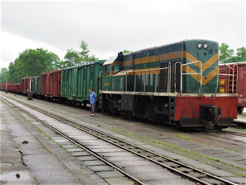 A train waits at Lang Son Station