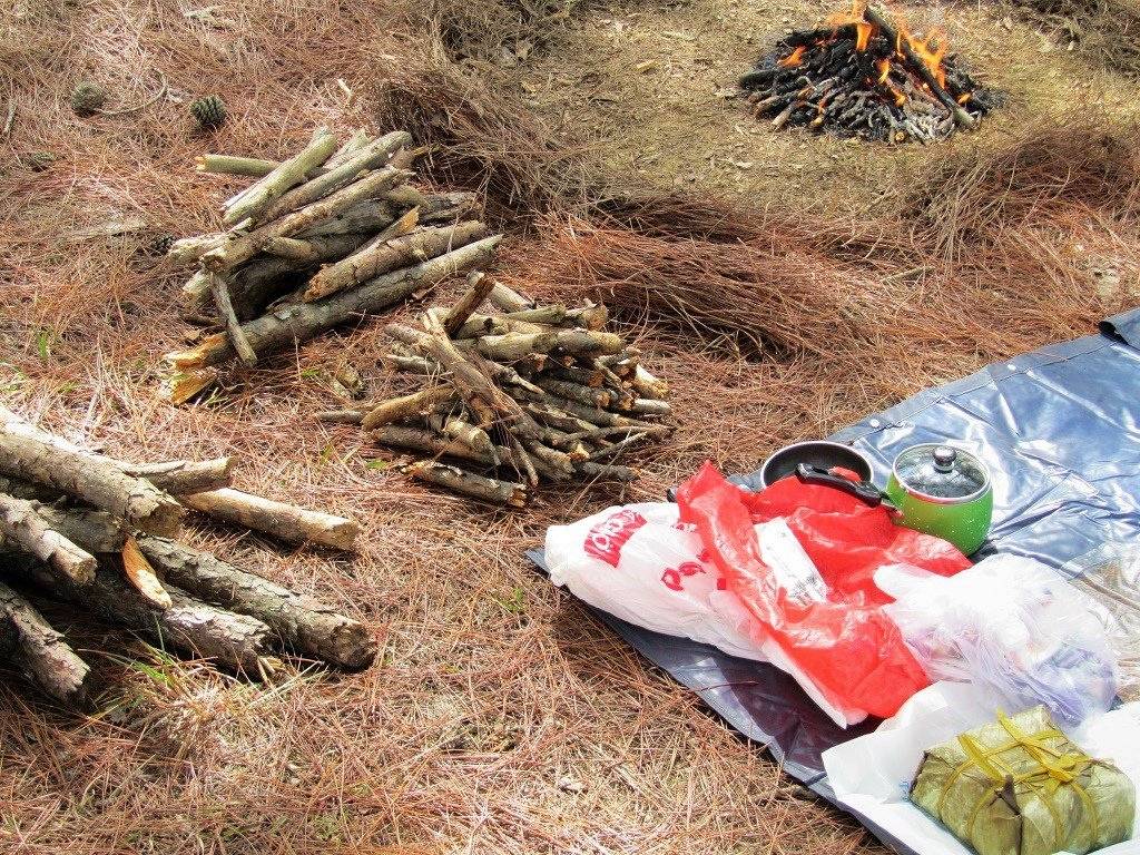 Firewood & cooking, camping in Dalat, Vietnam