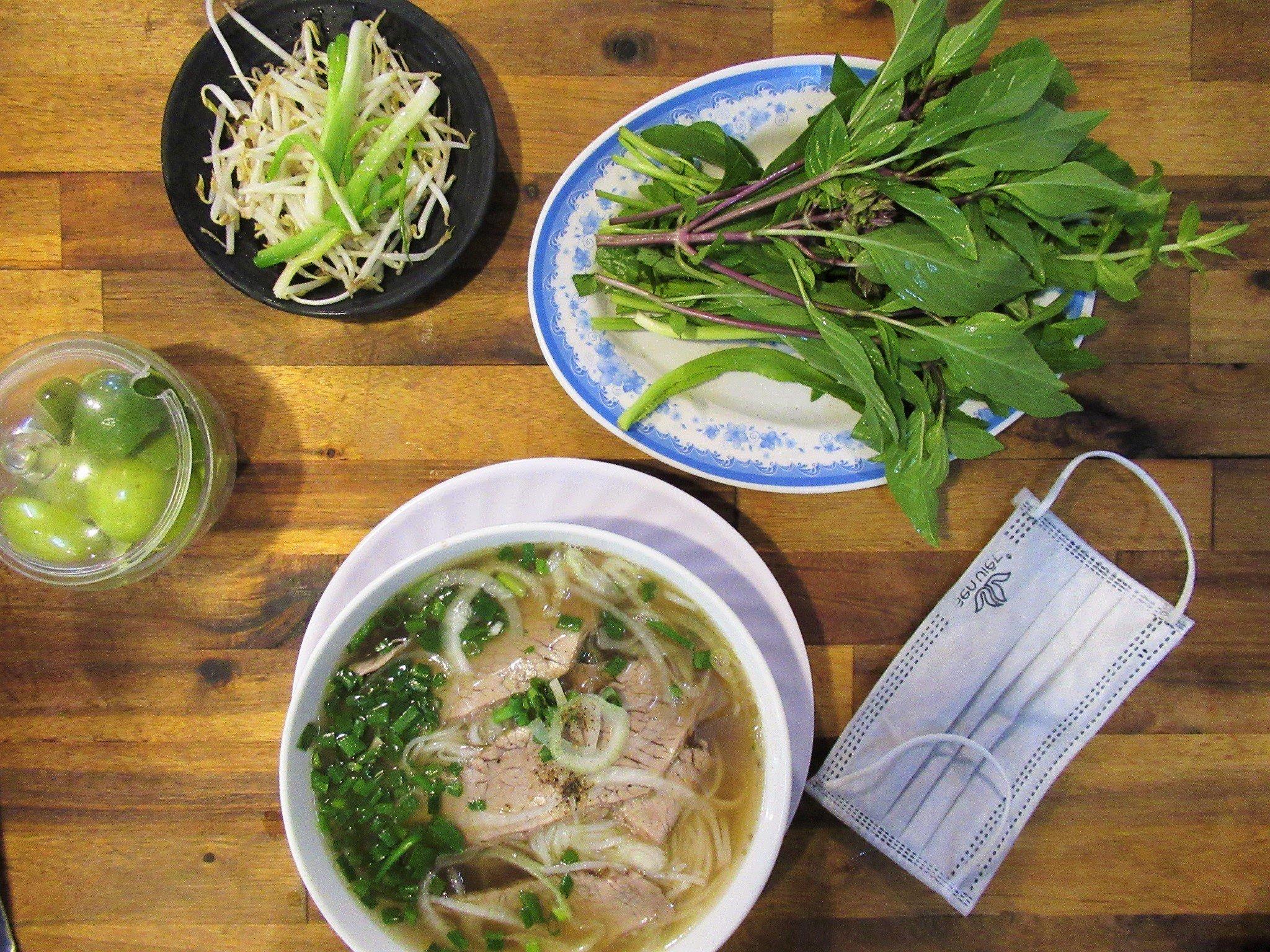 Phỏ bò, beef noodle soup, Vietnam